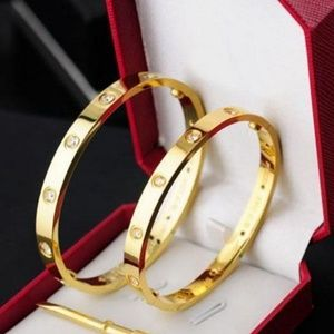 Bracelet gold plated stainless steel